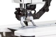 Электромеханическая петельная швейная машина Baoyu GT-798D со встроенным серводвигателем, панелью управления и автоматическими функциями