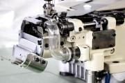 Промислова розпошивальна машина Baoyu BML-787-N600-AST-DS/H(ADA)56 з вбудованим сервомотором, циліндричною рукавною платформою з лівостороннім ножем і вакуумним відсмоктуванням залишків обрізки