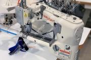 Плоскошовная 4-игольная машина Siruba D007S-460-02R-ET/AW1 типа флетлок