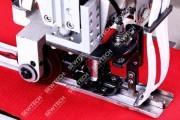 Honyu HY-550-K21 2-голкова швейна машина для пришивання застібки-блискавки в розстібнутому вигляді